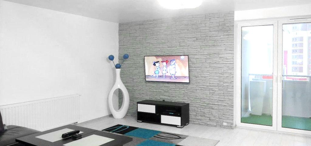 na zdjęciu luksusowy apartament w Lubinie, widok na salon