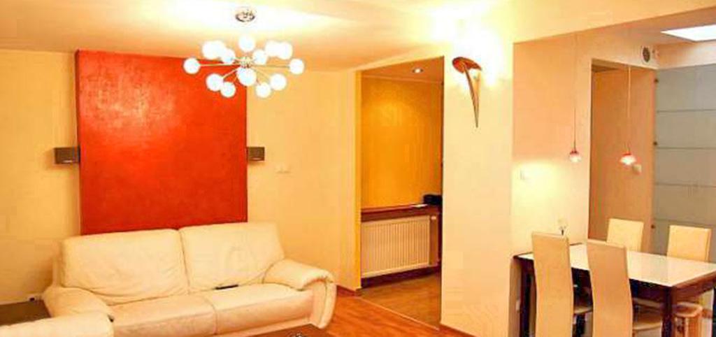 na zdjęciu salon w luksusowym apartamencie w Szczecinie