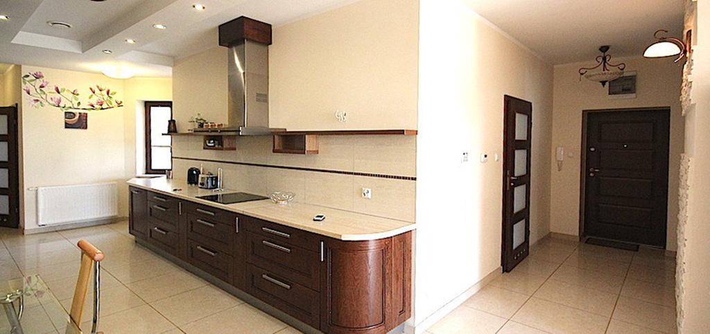 zdjęcie przedstawia wnętrze luksusowego apartamentu w Szczecinie na sprzedaż