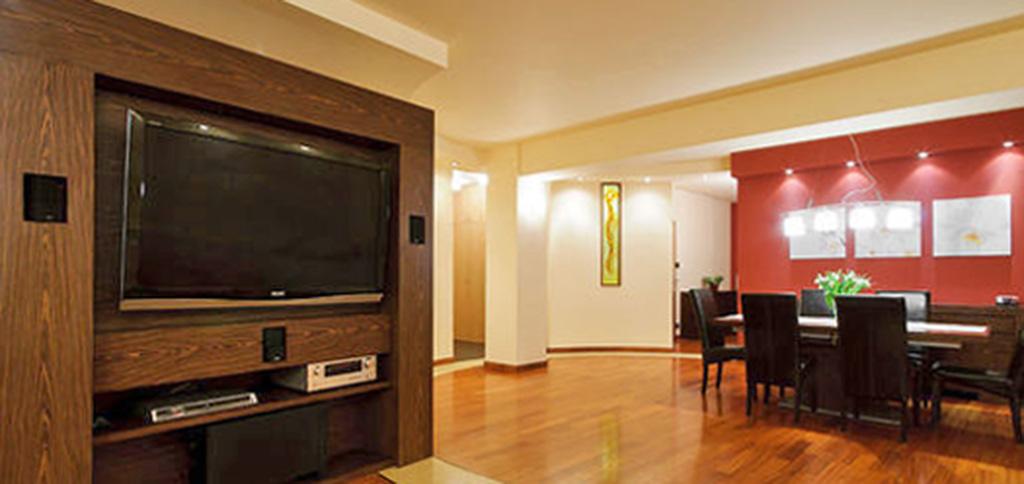 na zdjęciu luksusowy apartament w Warszawie do sprzedaży