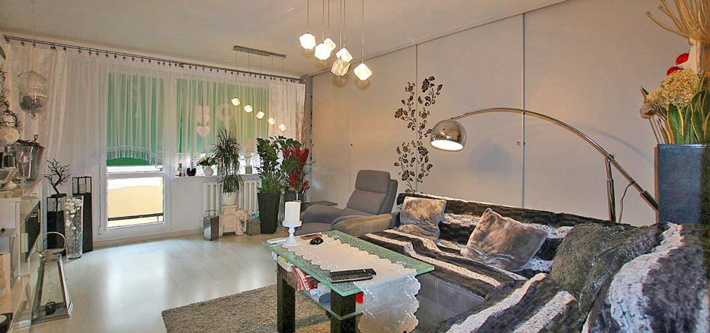 wnętrze luksusowego apartamentu na sprzedaż w Szczecinie, na zdjęciu salon