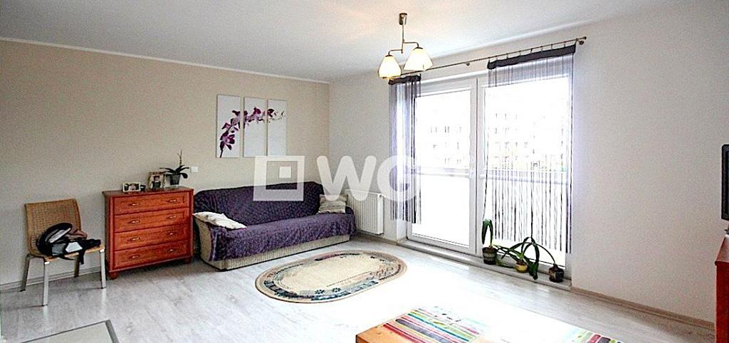 zdjęcie przedstawia salon w apartamencie do wynajęcia w Szczecinie