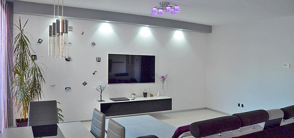 salon w apartamencie do sprzedaży w Lubinie