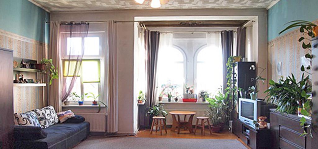 zdjęcie przedstawia salon w luksusowym apartamencie do sprzedaży w Szczecinie