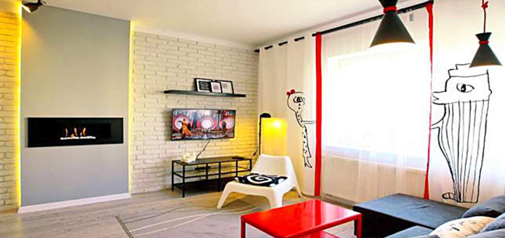 widok na nowoczesny salon w apartamencie do sprzedaży w Toruniu