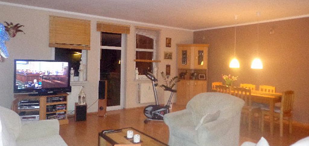 na zdjęciu salon w apartamencie do sprzedaży w Gorzowie Wielkopolskim