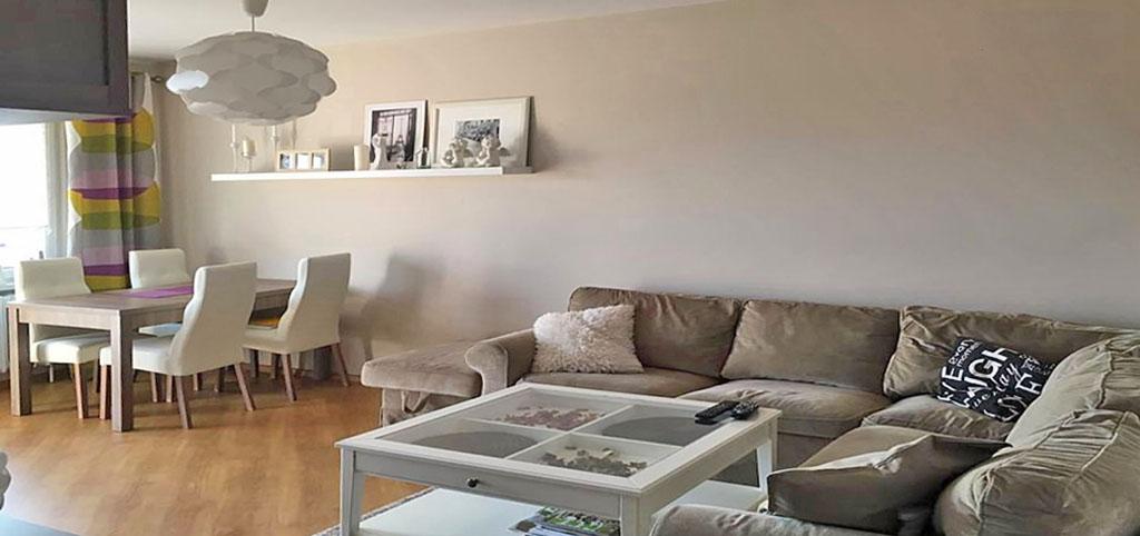 zdjęcie prezentuje wnętrze ekskluzywnego apartamentu do sprzedaży w Katowicach