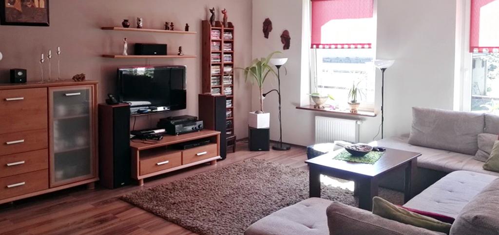widok na salon w luksusowym apartamencie do sprzedaży w Siemianowicach Śląskich