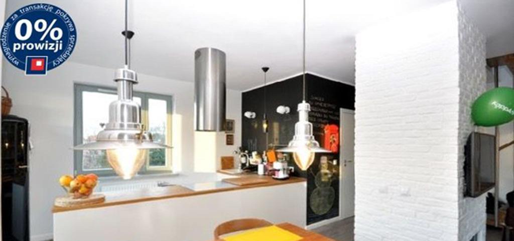 na zdjęciu widok na aneks kuchenny w apartamencie do sprzedaży w Szczecinie