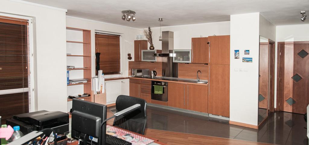 na zdjęciu wnętrze luksusowego apartamentu do sprzedaży w okolicy Szczecina
