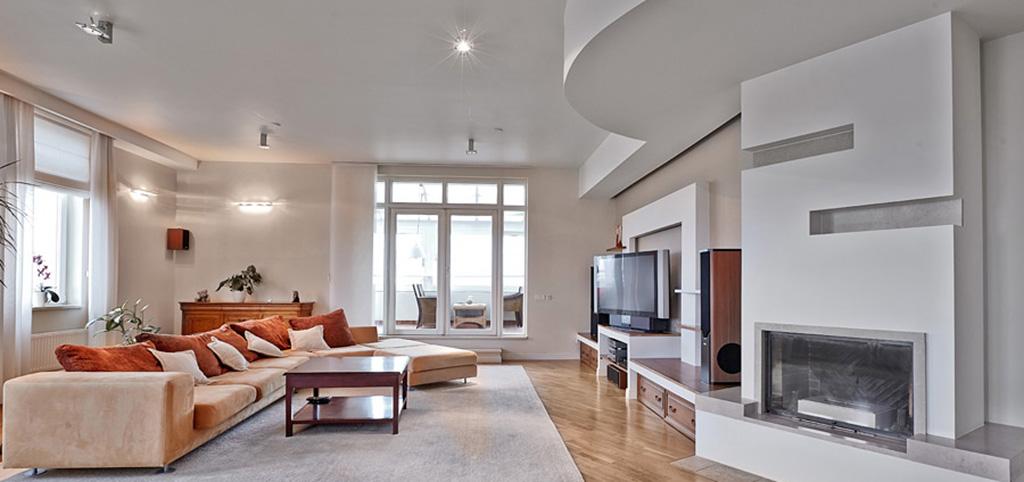 zdjęcie prezentuje luksusowy apartament do wynajęcia w Warszawie