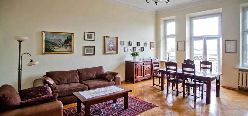 zdjęcie prezentuje luksusowe wnętrze ekskluzywnego apartamentu do sprzedaży w Łodzi