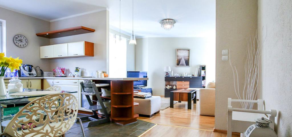 zdjęcie prezentuje ekskluzywne wnętrze luksusowego apartamentu do sprzedaży w Szczecinie