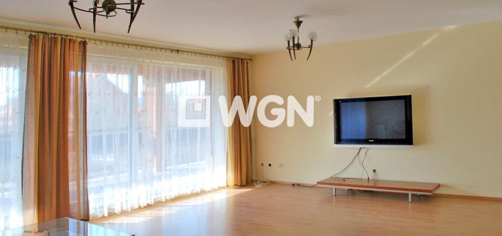 zdjęcie przedstawia luksusowy apartament do sprzedaży w okolicach Katowic